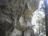 出雲岩の休憩場所です。ここではクライミングの練習をしているようでした。