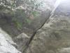 出雲岩のクラックです。あの隙間を使って登れる人がいるんでしょうね